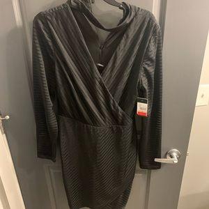 NWT Guess Keyhole Wrap Dress